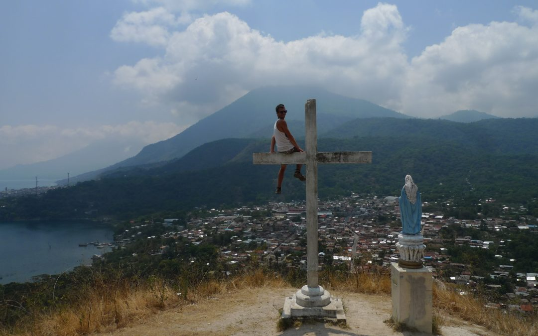 3 MĚSÍCE V GUATEMALE U POSVÁTNÉHO JEZERA ATITLÁN